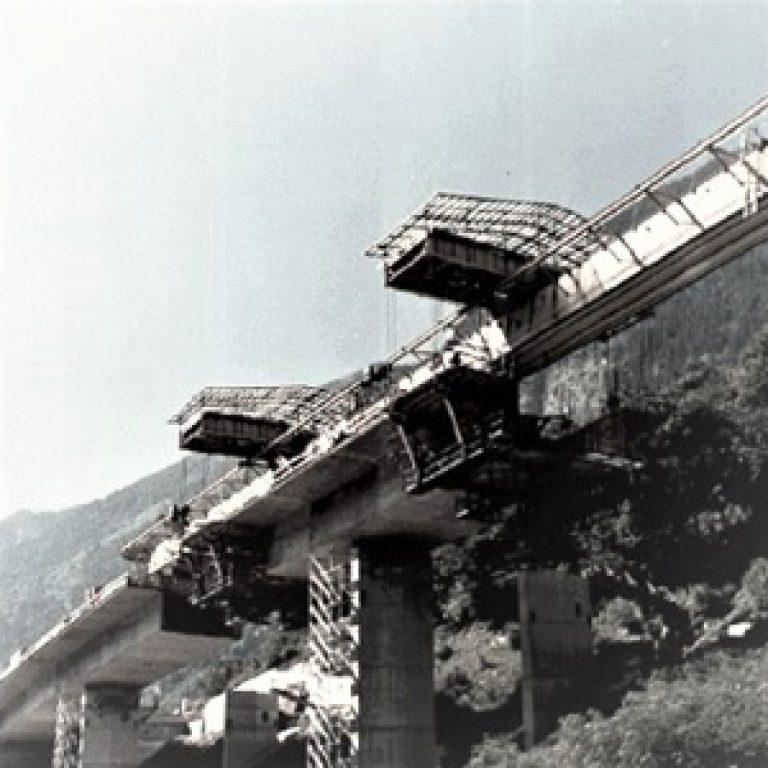 Viadotto San Pellegrino autostradale A2, Giornico