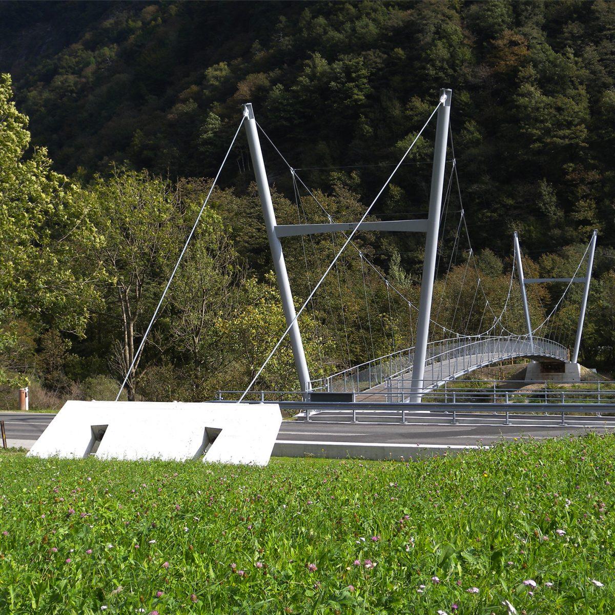 Passerella sospesa della pista ciclabile, Valle Maggia
